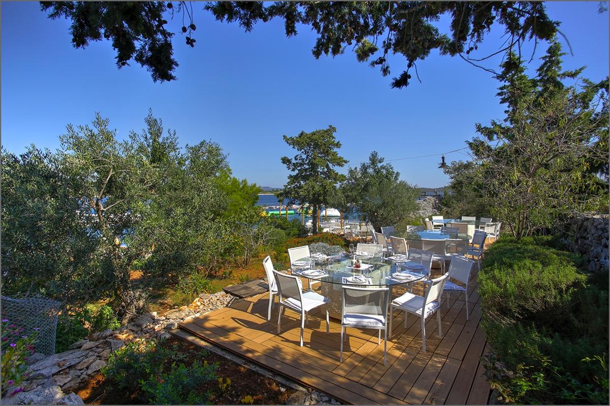 Glamping resort Fešta | Adria Holidays
